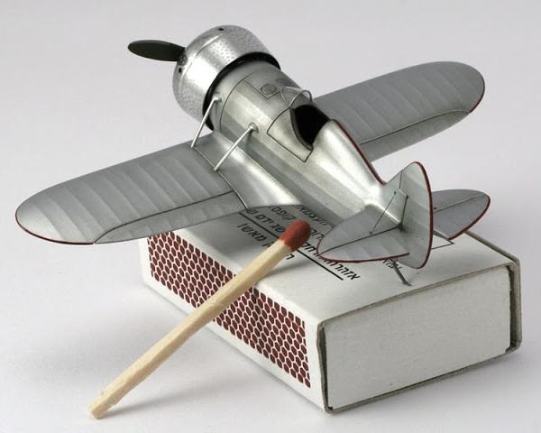 5.Модель самолета НВ-1. 2