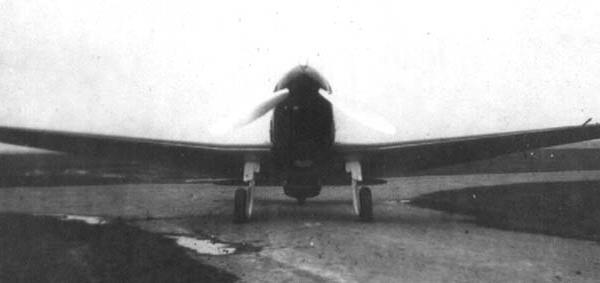 5.Су-1. Вид спереди.