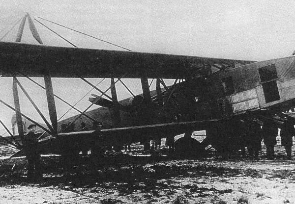 5.Святогор после аварии шасси в ноябре 1916 г.