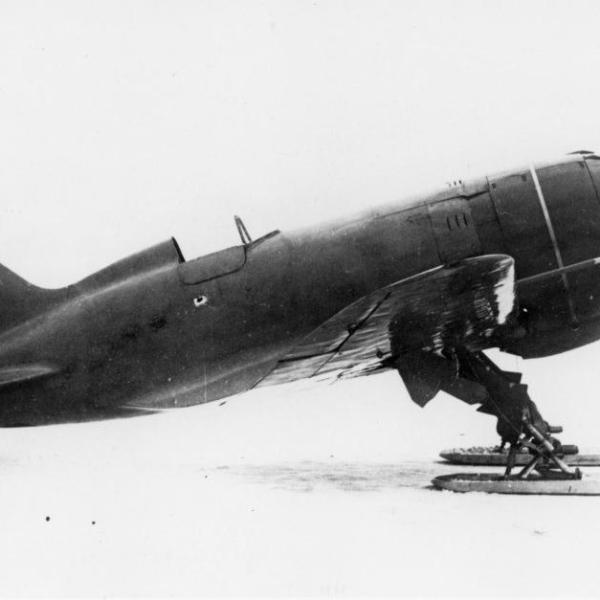 6.И-180 серийный. 1940 г.