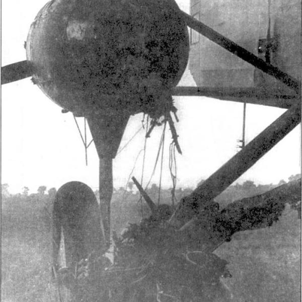 6.После посадки с оторвавшимся мотором.