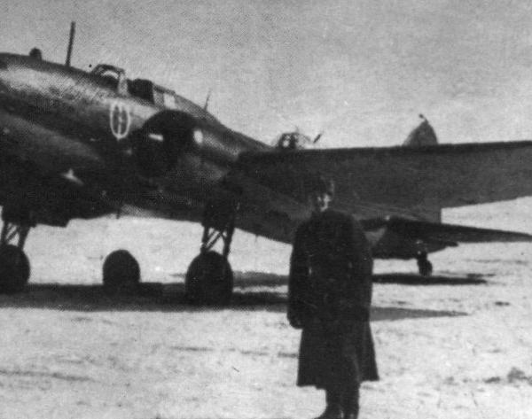 7.Ил-4 Дальневосточный чекист. В 1943 г. работниками НКВД были собраны деньги на постройку 10 сам. Ил-4.