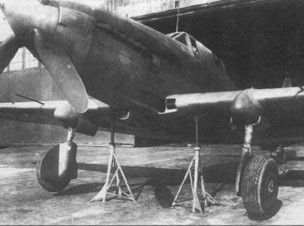 8.Ил-8 АМ-42 № 2 на заводских испытаниях, 1945 г.