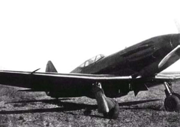 8.Истребитель МиГ-1.