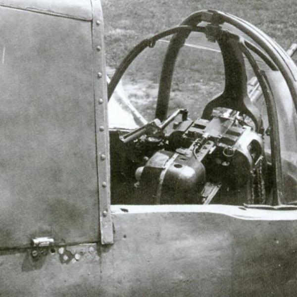 8.Открытая кабина стрелка Ил-10.