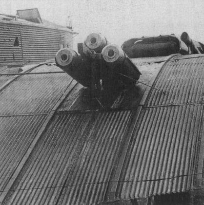 9.Стартовые ракетные ускорители на ТБ-1 № 614.