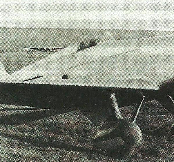 9.УТ-1 с автомобильным мотором ГАЗ-11.