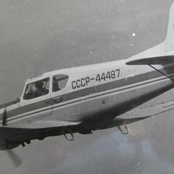 9.Як-18Т в полете.