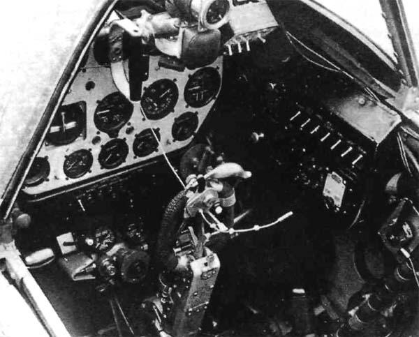 9а.Приборная панель кабины МиГ-1.