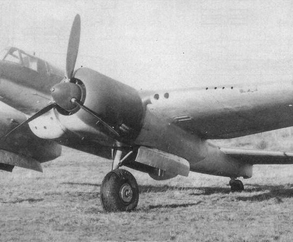 Тяжелый штурмовик Су-8.