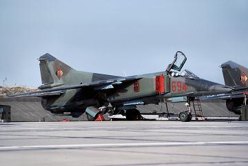 0.МиГ-23БН
