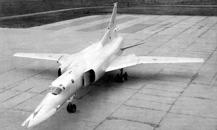 0.Ту-22М0.