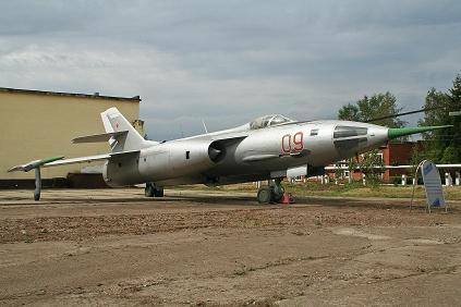 0.Як-28Л