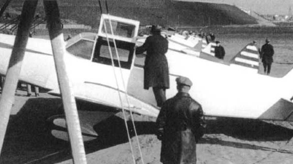 1.АИР-16. Завод №115. Москва. 1937 г. 2