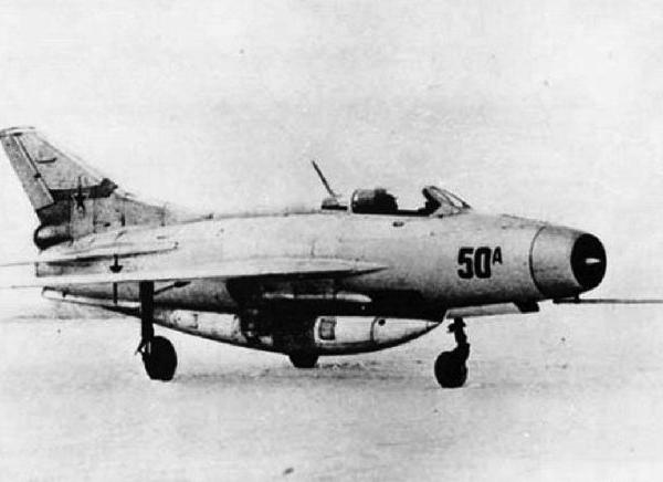 1.Экспериментальный Е-50А.