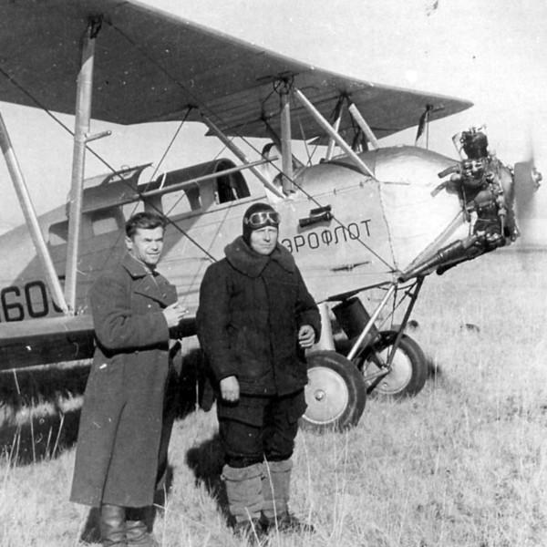 legkij-transportnyj-samolet-po-2l
