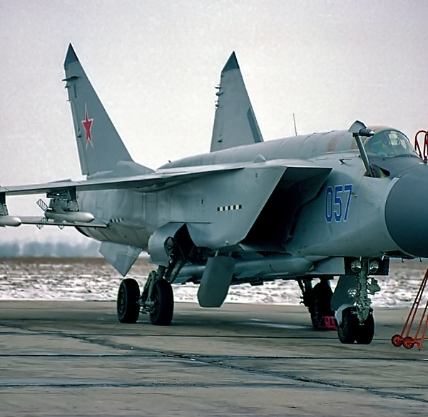 1.МиГ-31М борт № 057.