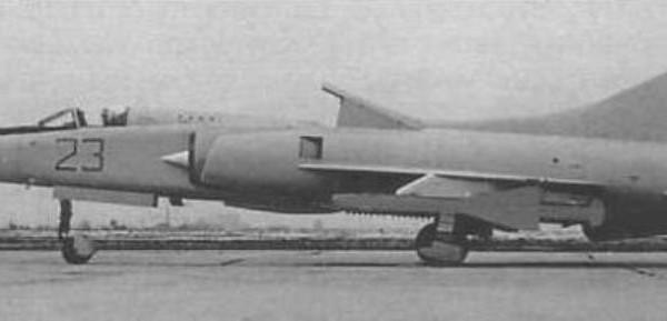 1.Самолет 23-01 (МиГ-23ПД) в ЛИИ.