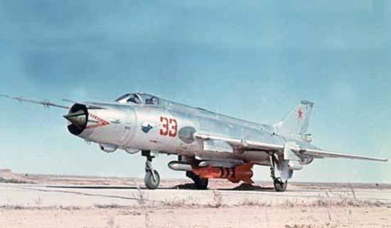 1.Су-17М.