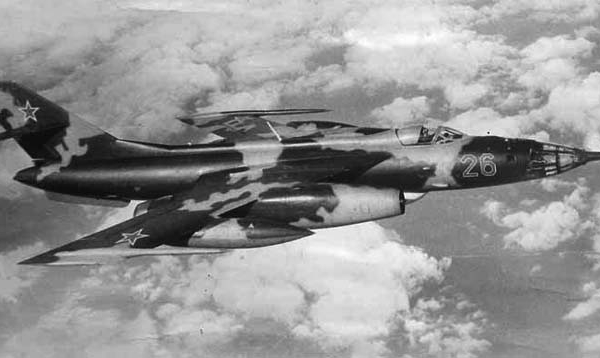 11.Як-28Р в полете. 3