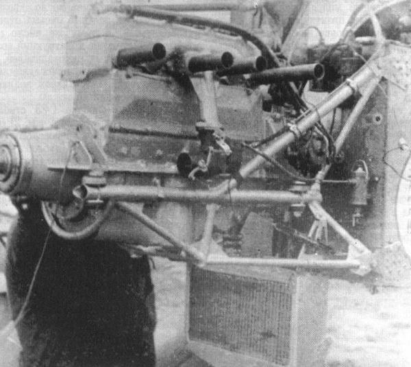 12.Один из вариантов мотора ГАЗ(М)-60 крупным планом.
