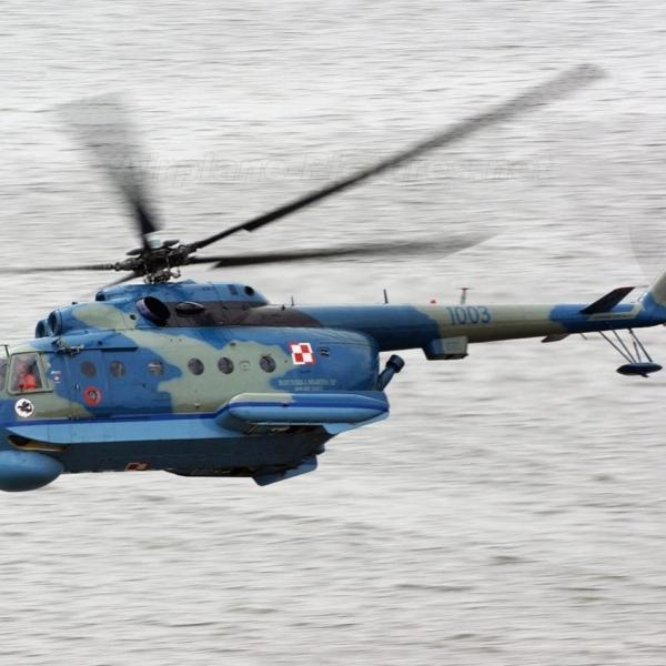 18.Ми-14ПЛ ВМС Польши в полете.