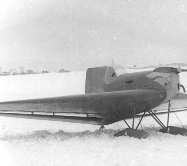 2.БИЧ-20 на лыжном шасси.