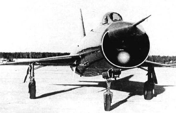 2.Опытный перехватчик Т-3.