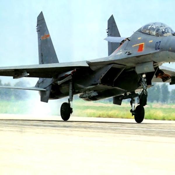 2.Су-27УБК ВВС Китая.