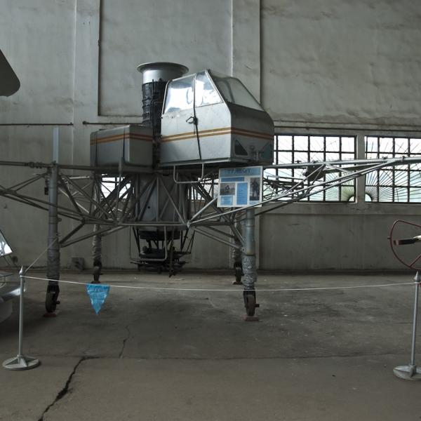 2.Турболет в музее ВВС Монино.