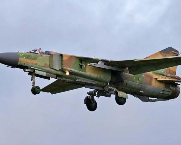 3.МиГ-23М заходит на посадку.