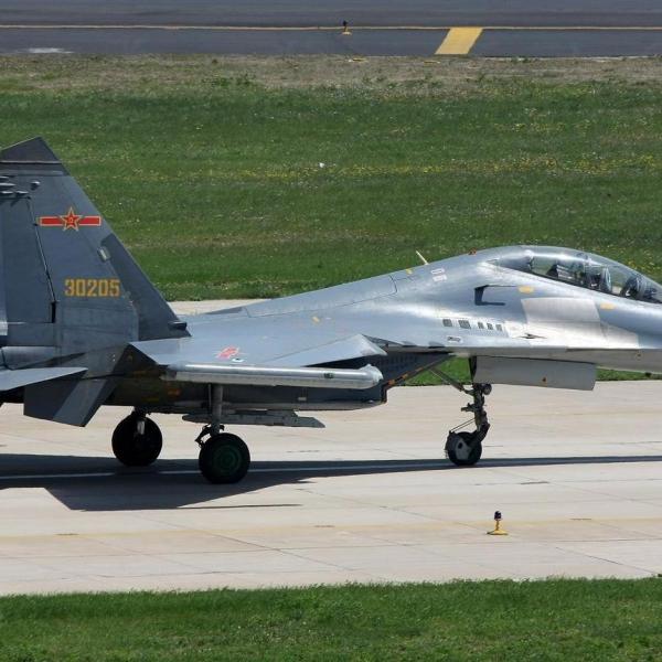 3.Су-27УБК ВВС Китая.