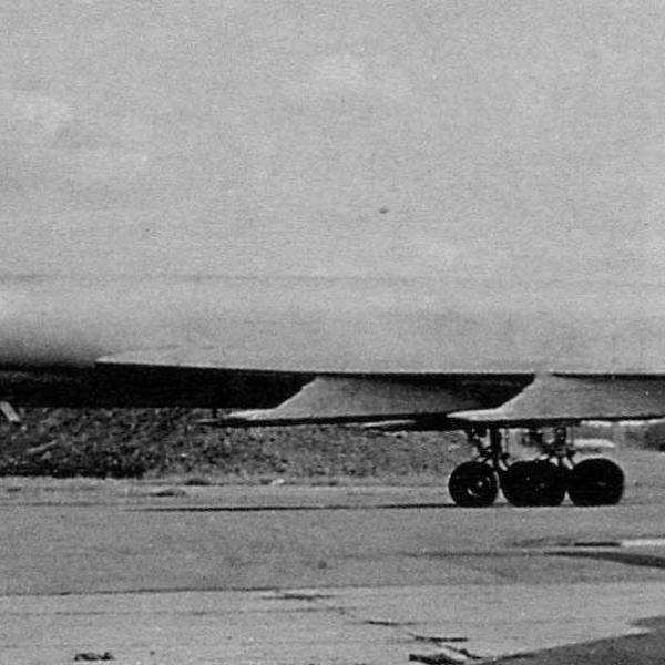 3б.Ту-128 на стоянке.