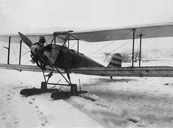 4.АИР-2 с двигателем Walter NZ-60 на лыжном шасси.