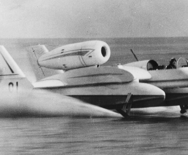 4.Гидролет Бе-1 на испытаниях.