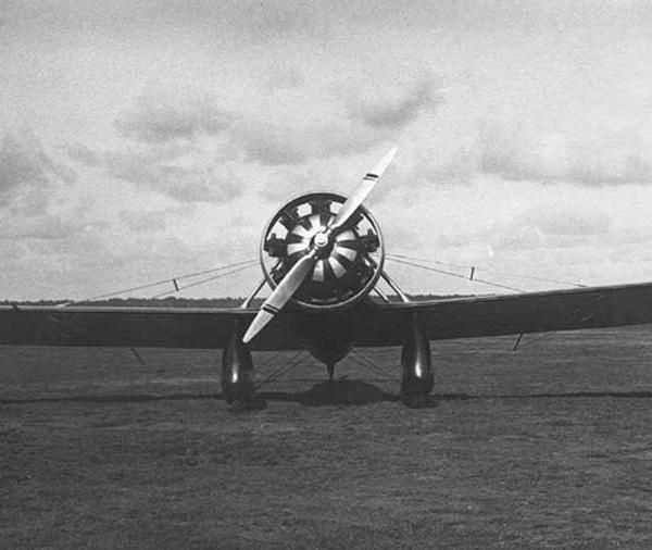 4.Самолет АИР-7. Москва, Центральный аэродром. Ноябрь 1932 г. 4