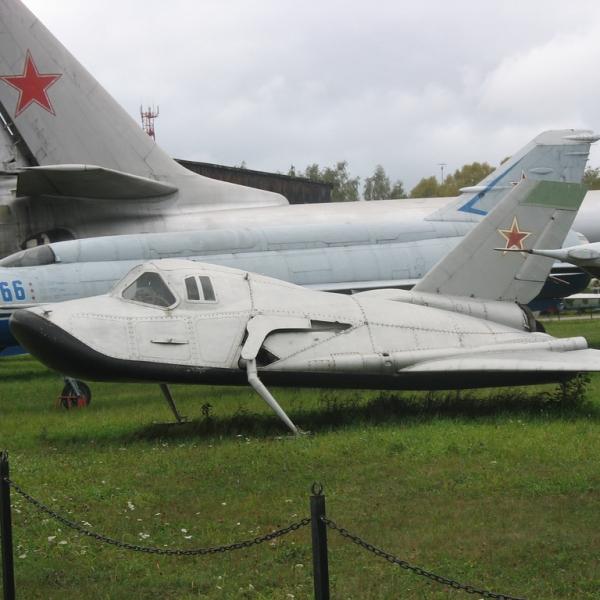 4.Самолет-аналог ЭПОС на лыжном шасси в музее ВВС Монино.