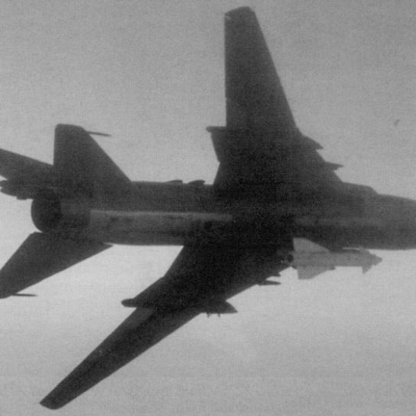 4.Су-17М3 с управляемой ракетой Х-29Л