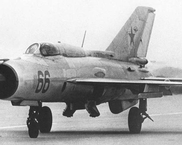 5.МиГ-21ФЛ пилотажной группы Кубинки. 2