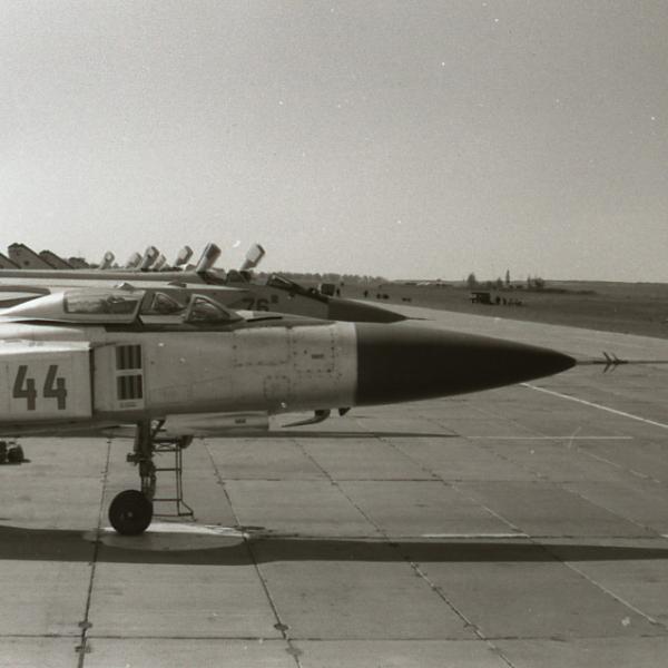 5.Су-15ТМ на стоянке. 2