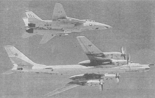 6.Ту-95КМ в сопровождении американского F-14A