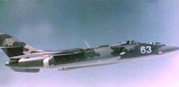 6.Як-28У в полете.