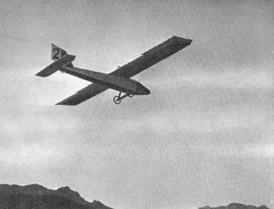 8.АВФ-20 в полете. IV Всесоюзные планерные состязания. Коктебель. Сентябрь 1927 г.