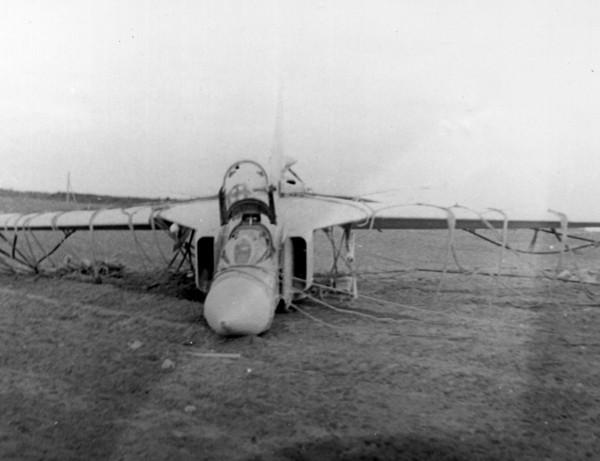 8.МиГ-23С после аварийной посадки. Шаталово, 1971 год.
