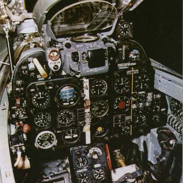 9.Кабина пилота Е-50-3