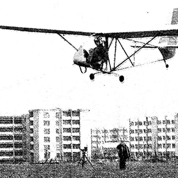 1.ЛАК-16, построеный на Пренайском планерном заводе ДОСААФ.