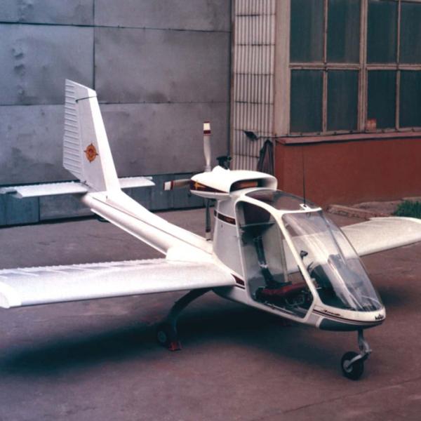 1.Легкий многоцелевой самолет Эльф.