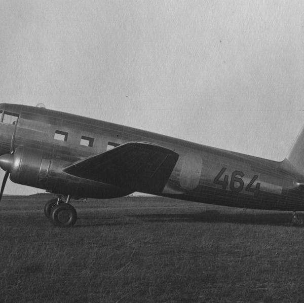 1.Пассажирский самолет Як-16-1.