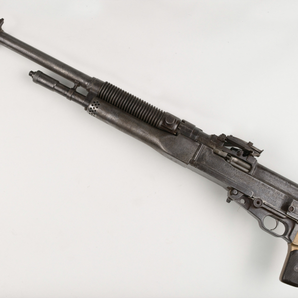 Based on the French Mle 1909 Hotchkiss, this machine gun was issued to the British Army in World War One (1914-1918) and the Home Guard in World War Two (1939-1945). The Mk I* was introduced in June 1917 and was modified to use strips or belt-feed ammunition. This gun has a pistol grip and no butt which may suggest it was possibly used in a tank.