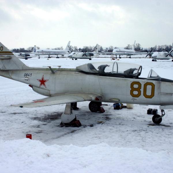 1.Учебно-тренировочный самолёт Як-30.